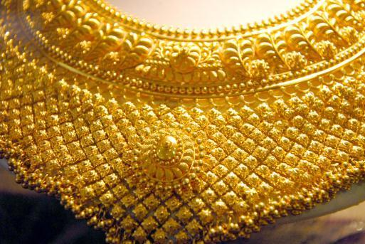 Dubai gold jewelry